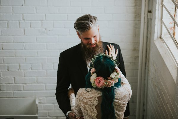 this-bride-ditched-her-wheelchair-to-walk-down-the-aisle-at-her-atlanta-wedding-13