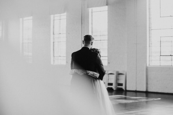 this-bride-ditched-her-wheelchair-to-walk-down-the-aisle-at-her-atlanta-wedding-43