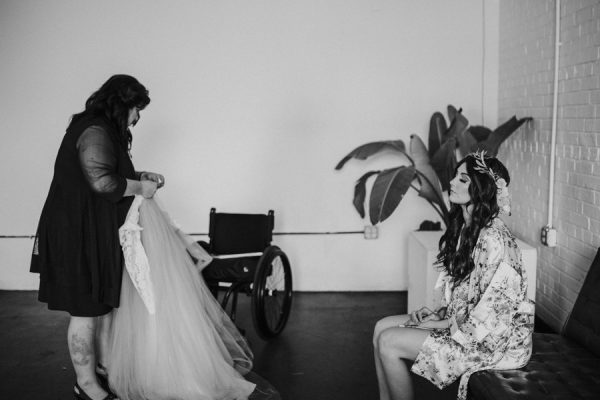 this-bride-ditched-her-wheelchair-to-walk-down-the-aisle-at-her-atlanta-wedding-7