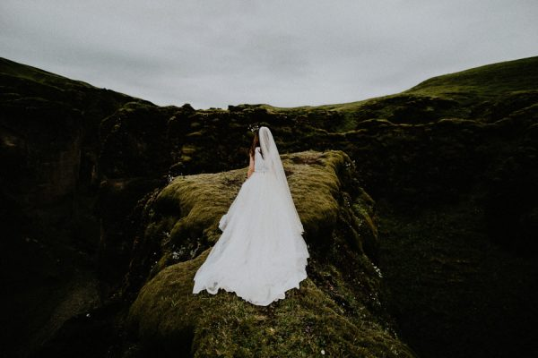 this-couple-crossed-iceland-off-their-bucket-list-with-a-destination-elopement-14