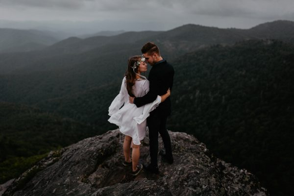 this-epic-blue-ridge-parkway-engagement-will-take-your-breath-away-28