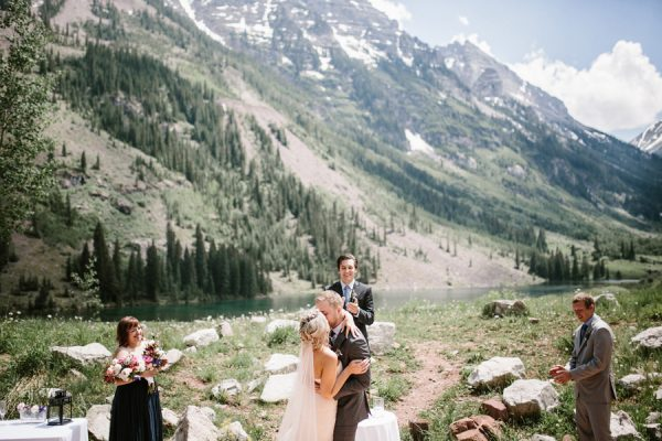 This Maroon Bells Amphitheatre Wedding Proves That Intimate