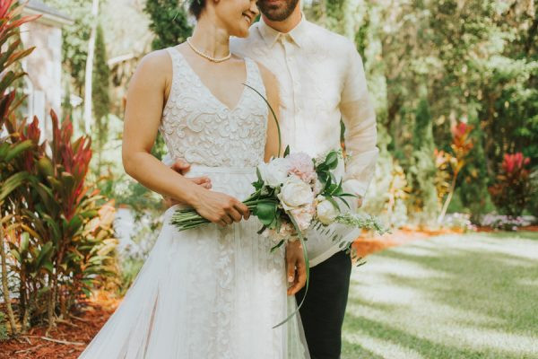 this-new-smyrna-beach-wedding-is-the-epitome-of-easygoing-tropical-florida-spirit-30