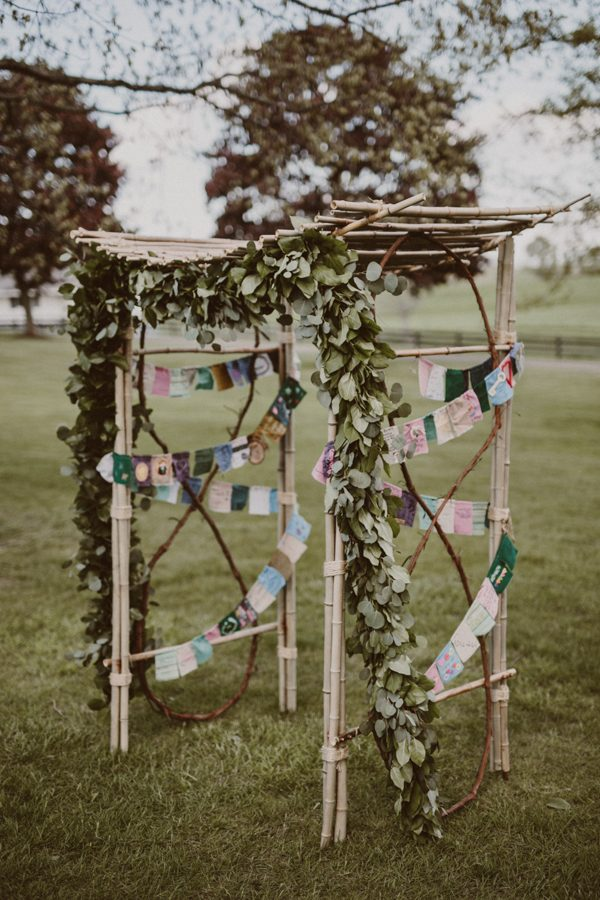 this-ohio-wedding-proves-that-combining-your-favorite-things-can-be-incredibly-chic-11