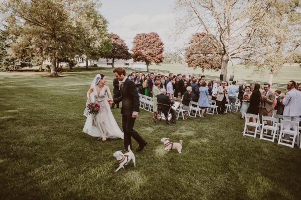 this-ohio-wedding-proves-that-combining-your-favorite-things-can-be-incredibly-chic-18