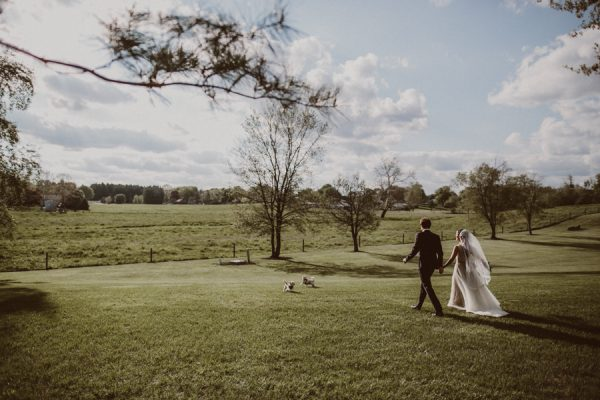 this-ohio-wedding-proves-that-combining-your-favorite-things-can-be-incredibly-chic-19