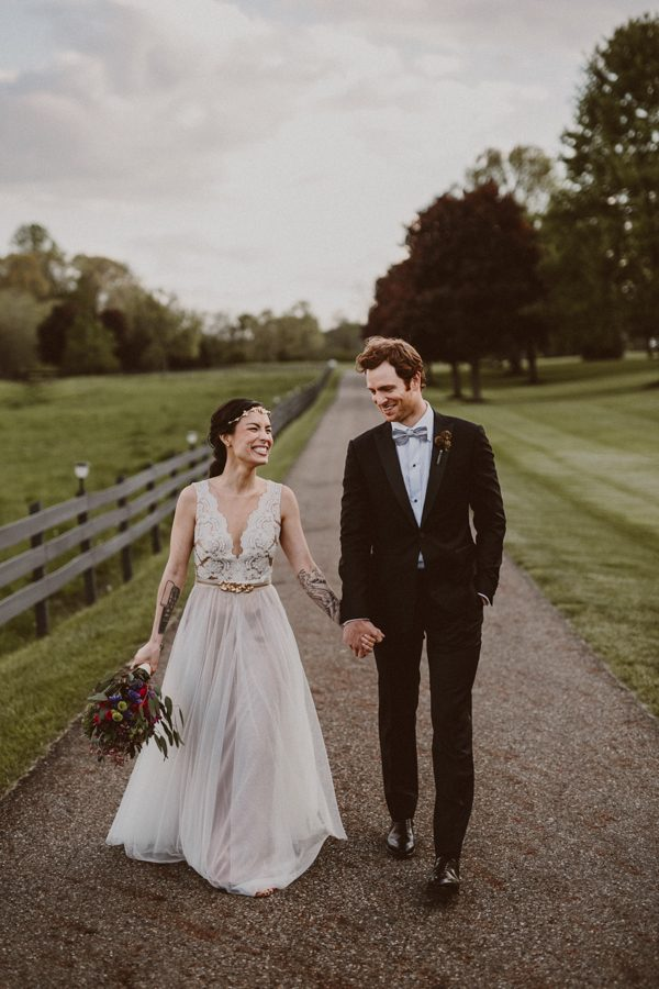 this-ohio-wedding-proves-that-combining-your-favorite-things-can-be-incredibly-chic-24
