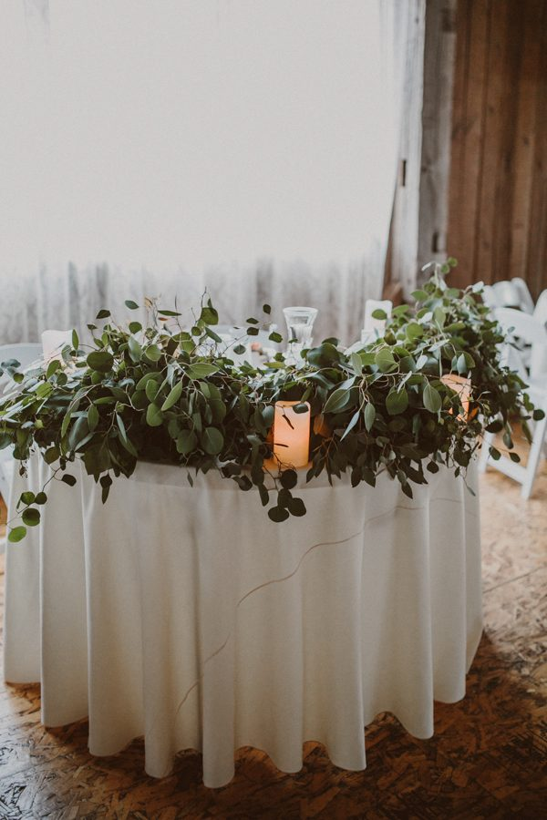 this-ohio-wedding-proves-that-combining-your-favorite-things-can-be-incredibly-chic-27