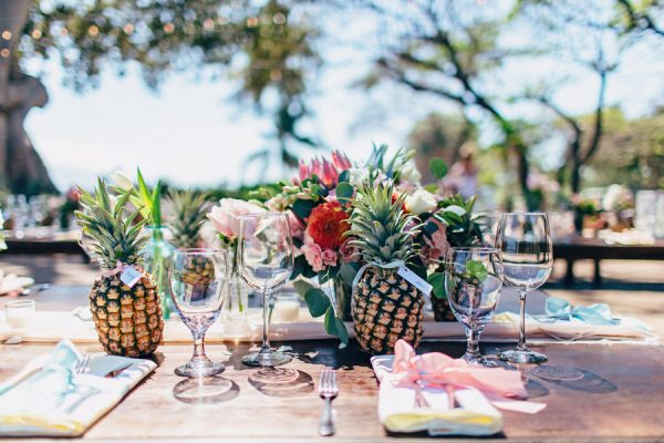 this-olowalu-plantation-house-wedding-marries-hawaiian-tradition-and-new-england-charm-29