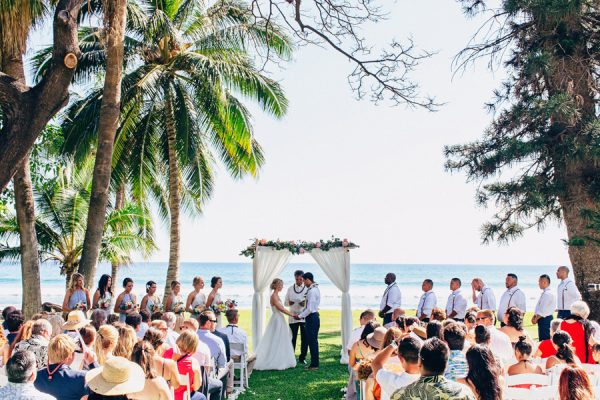 this-olowalu-plantation-house-wedding-marries-hawaiian-tradition-and-new-england-charm-33