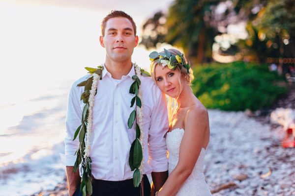 this-olowalu-plantation-house-wedding-marries-hawaiian-tradition-and-new-england-charm-48