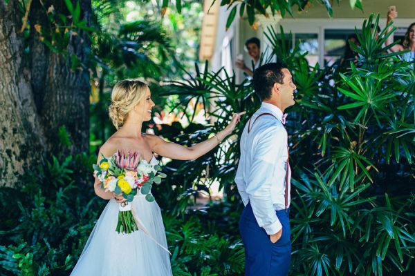 this-olowalu-plantation-house-wedding-marries-hawaiian-tradition-and-new-england-charm-8