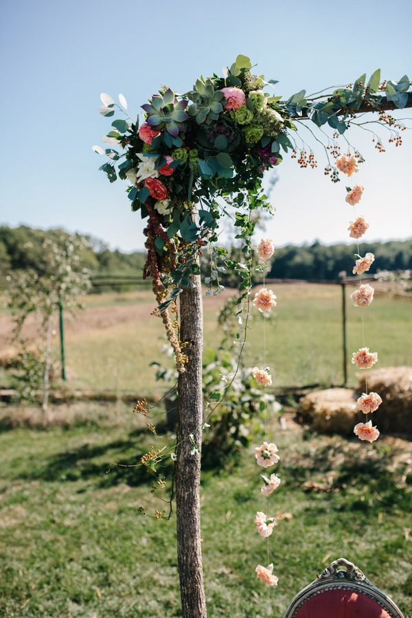 this-romanian-wedding-has-all-the-autumn-decor-inspiration-you-need-13
