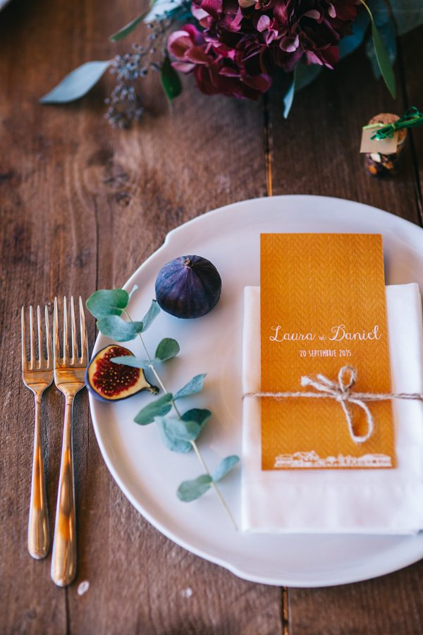 this-romanian-wedding-has-all-the-autumn-decor-inspiration-you-need-21