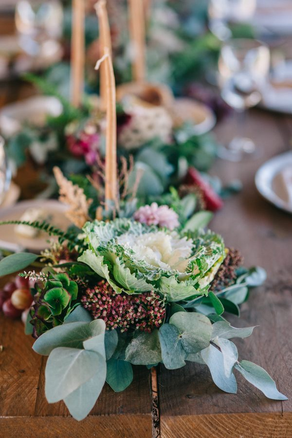 this-romanian-wedding-has-all-the-autumn-decor-inspiration-you-need-25