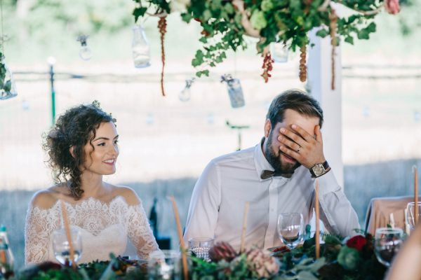 this-romanian-wedding-has-all-the-autumn-decor-inspiration-you-need-32