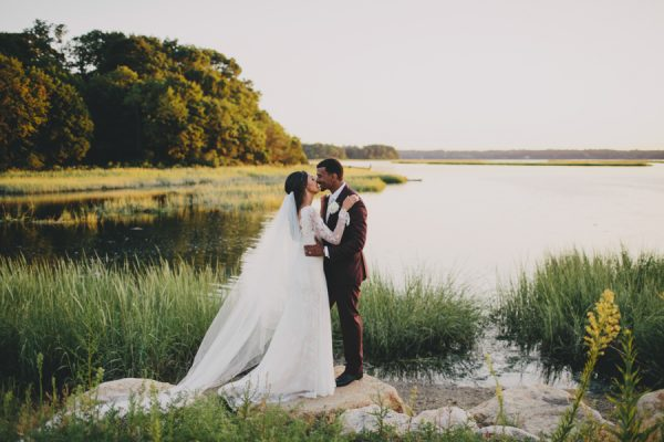 this-three-village-inn-wedding-on-long-island-feels-like-a-destination-wedding-at-home-31