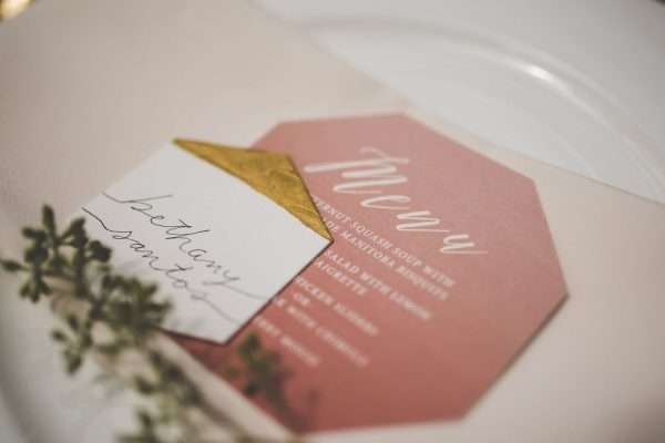 this-wedding-inspiration-proves-that-gold-blush-and-red-is-the-most-romantic-color-palette-2