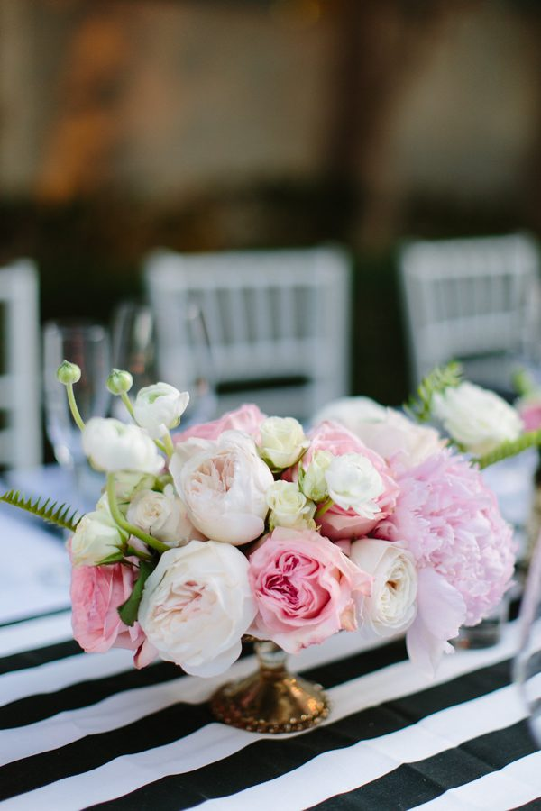 whimsical-black-white-palm-springs-wedding-avalon-hotel-54