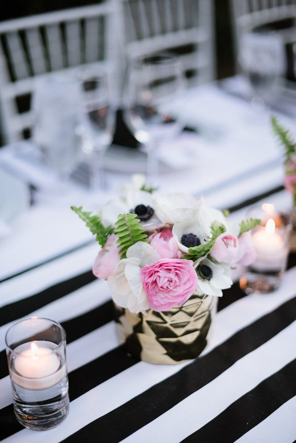 whimsical-black-white-palm-springs-wedding-avalon-hotel-60