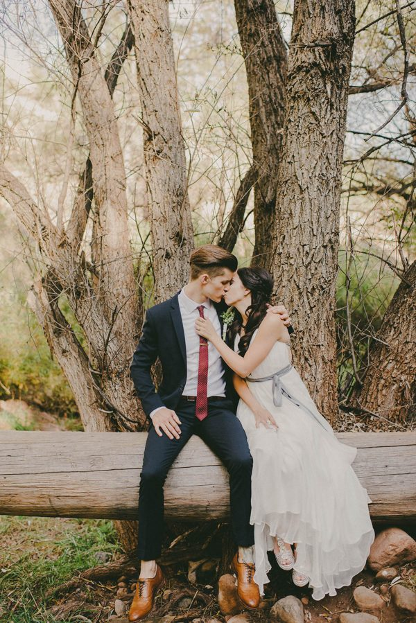 youd-never-guess-alternative-campground-wedding-took-place-arizona-16