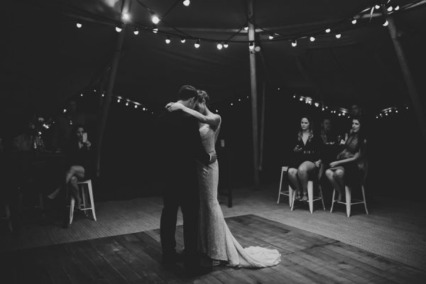youll-love-the-laid-back-glamour-of-this-noosa-north-shore-wedding-42