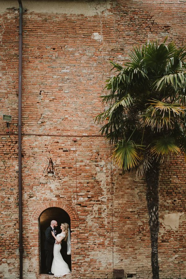 your-jaw-is-going-to-drop-when-you-see-this-gorgeous-tuscan-elopement-28