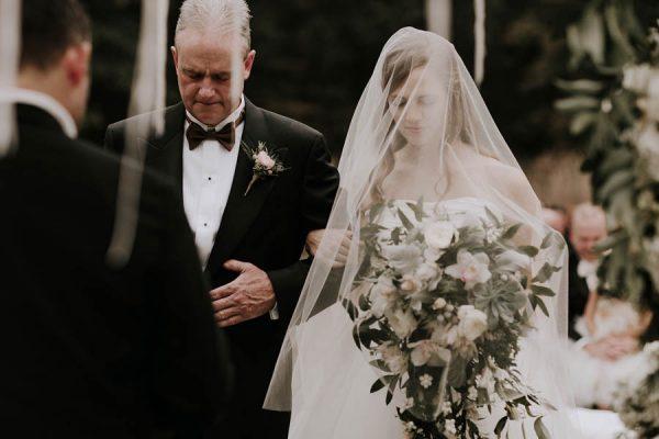 black-tie-farm-wedding-in-st-louis-missouri-bradford-martens-14