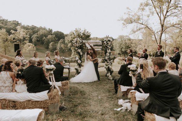black-tie-farm-wedding-in-st-louis-missouri-bradford-martens-24