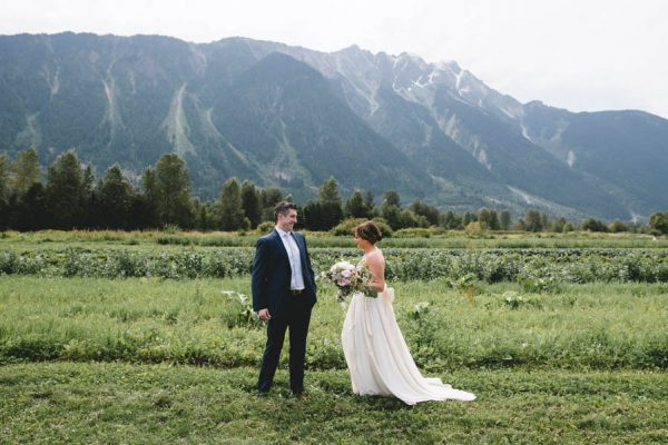 cozy-diy-british-columbia-wedding-in-shades-of-blue-bake-photography-21