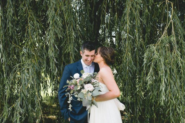 cozy-diy-british-columbia-wedding-in-shades-of-blue-bake-photography-32