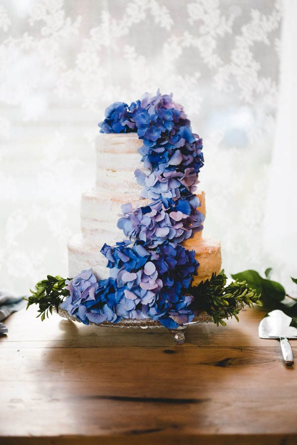 cozy-diy-british-columbia-wedding-in-shades-of-blue-bake-photography-8