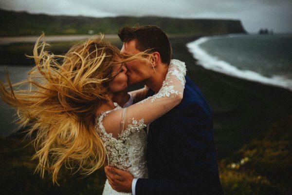 crazy-passionate-icelandic-wedding-adventure-maciej-suwalowski-34