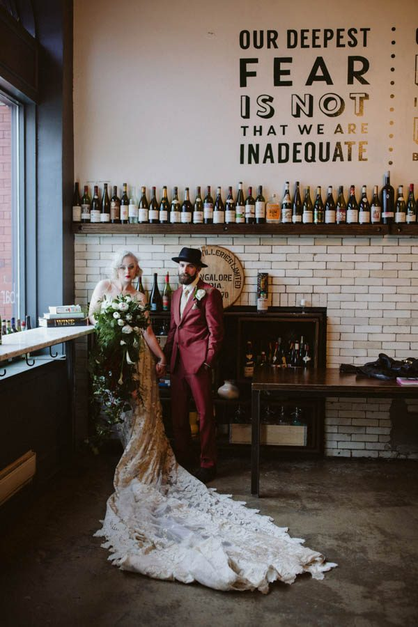 edgy-pittsburgh-wedding-at-bar-marco-hot-metal-studio-17