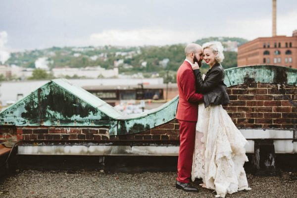 edgy-pittsburgh-wedding-at-bar-marco-hot-metal-studio-39