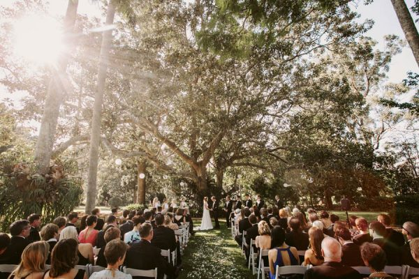 Elegant Green and White Queensland Wedding at Gabbinbar Homestead Edwina Robertson-11