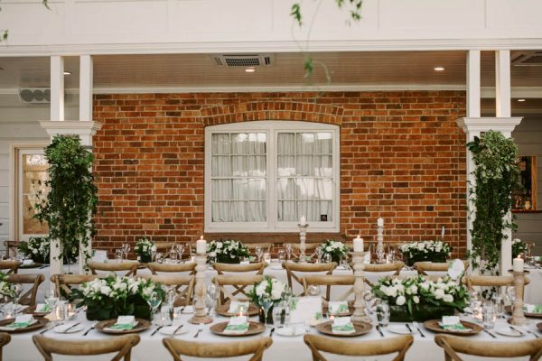 Elegant Green and White Queensland Wedding at Gabbinbar Homestead Edwina Robertson-19