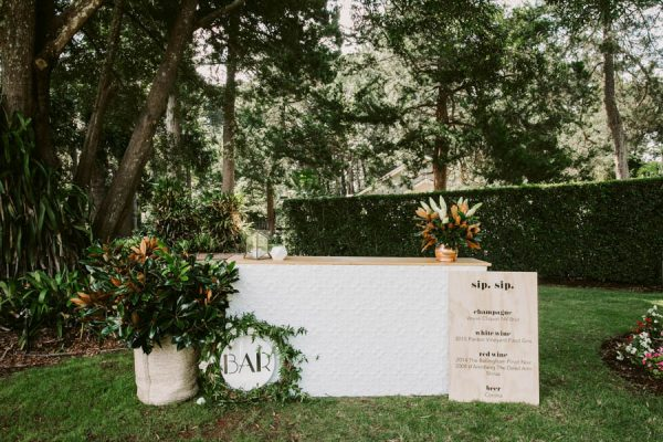 Elegant Green and White Queensland Wedding at Gabbinbar Homestead Edwina Robertson-26