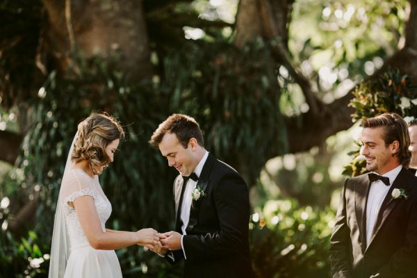 Elegant Green and White Queensland Wedding at Gabbinbar Homestead Edwina Robertson-32