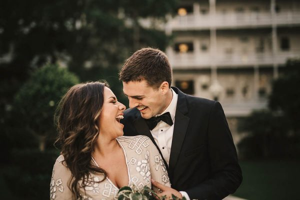 modern-classic-coronado-wedding-in-black-white-and-gold-brandi-potter-photography-14
