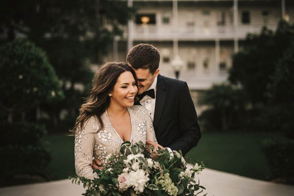 modern-classic-coronado-wedding-in-black-white-and-gold-brandi-potter-photography-16
