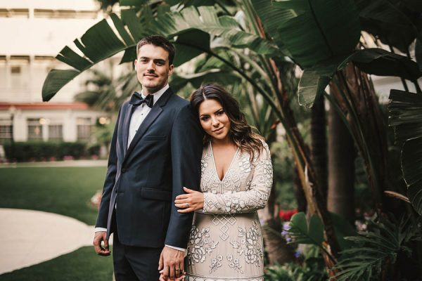 modern-classic-coronado-wedding-in-black-white-and-gold-brandi-potter-photography-24