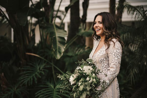 modern-classic-coronado-wedding-in-black-white-and-gold-brandi-potter-photography-25