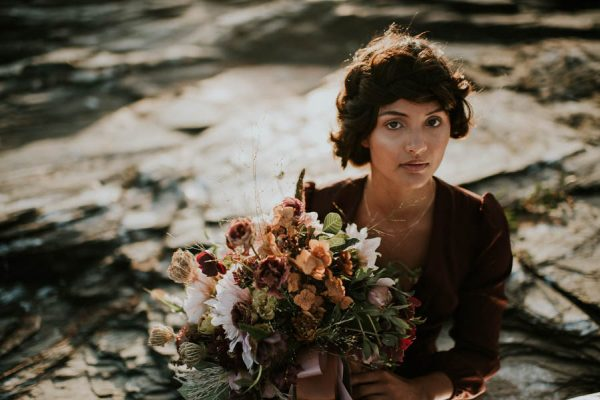 this-beachy-bridal-inspiration-has-a-moody-romantic-twist-allison-markova-photography-15