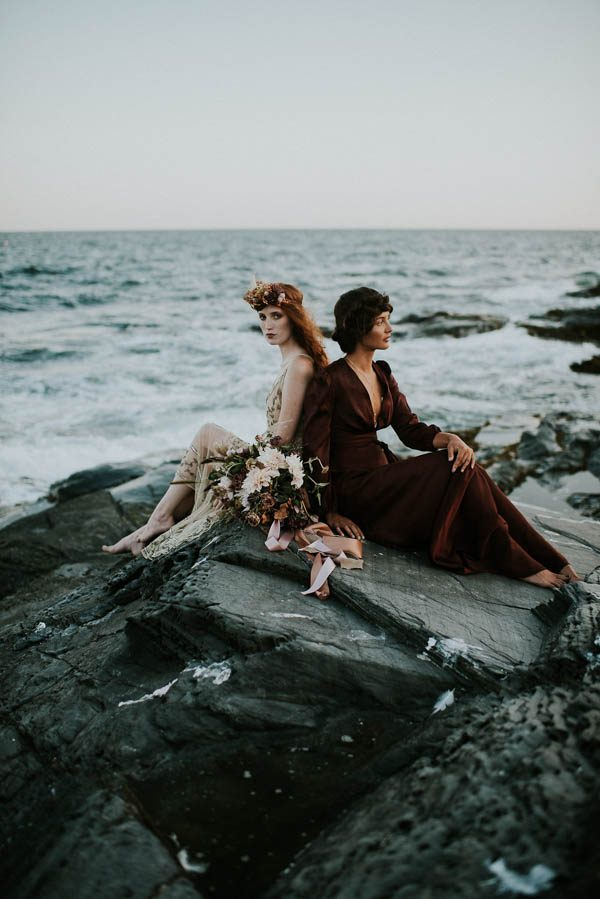 this-beachy-bridal-inspiration-has-a-moody-romantic-twist-allison-markova-photography-40