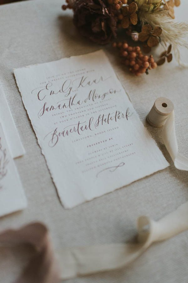 this-beachy-bridal-inspiration-has-a-moody-romantic-twist-allison-markova-photography-43