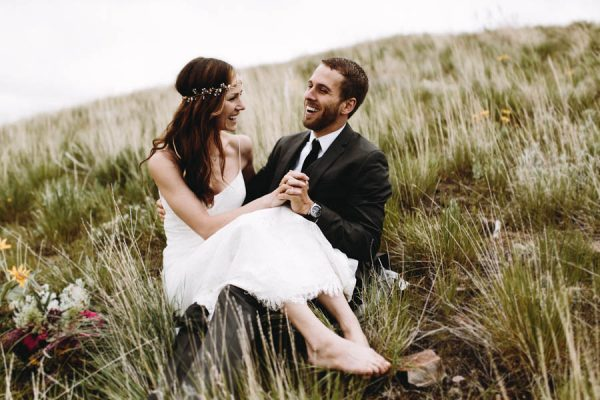 this-couple-took-a-romantic-mountain-hike-before-their-meridell-park-wedding-anni-graham-photography-30