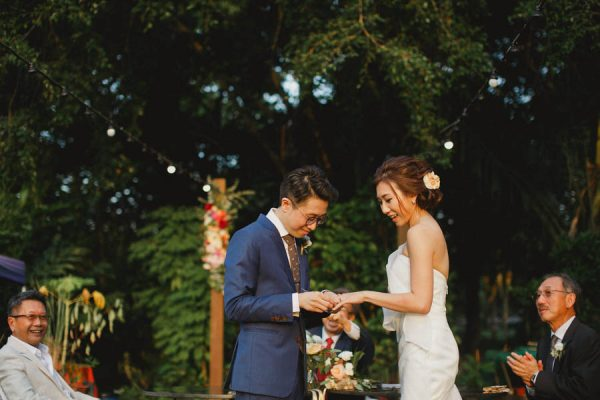 This Outdoor Singapore Wedding is Filled with Modern Elegance Ksana-23