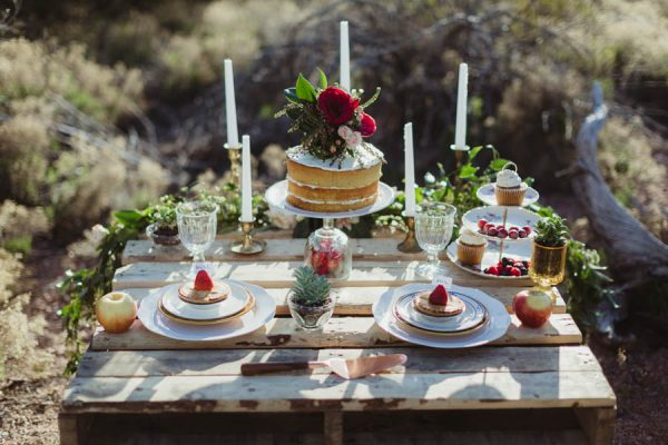 vintage-inspired-sedona-elopement-at-yavapai-point-overlooking-bell-rock-andy-roberts-photography-44