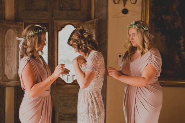 an-intimate-amalfi-coast-wedding-that-doesnt-skimp-on-style-11